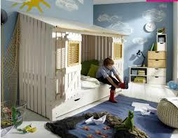 chambre enfant 10 ans porte fenetre pour deco chambre enfant 10 ans unique lit cabane