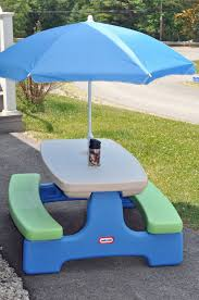 little tikes easy store picnic table little tikes picnic table easy store picnic table with umbrella
