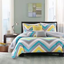 Best 25 Crate Bed Ideas by Best 25 Bedroom Comforter Sets Ideas On Pinterest Grey Teal Floral