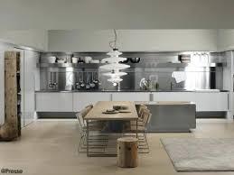 cr ence en miroir pour cuisine barre de credence cuisine awesome credence miroir pour cuisine 0