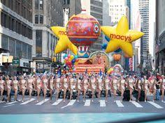 macy s thanksgiving day parade must sees thanksgiving