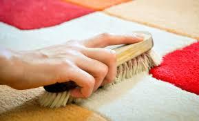come lavare i tappeti persiani come pulire i tappeti in modo ecologico 6 rimedi fai da te leitv