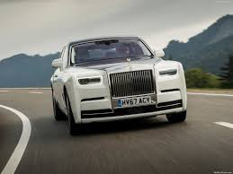 rolls royce front rolls royce phantom 2018 picture 55 of 178