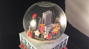 macy s thanksgiving parade snow globe