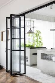 porte coulissante separation cuisine les portes pliantes design en 44 photos porte accordéon les