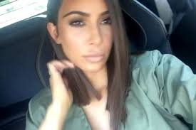 kim kardashian debuts short hair on snapchat