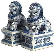 pictures of foo dogs mini blue and white foo dogs