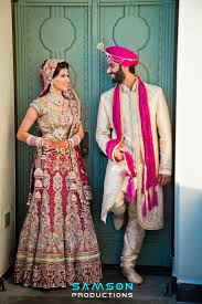 what color of turban a groom can carry with white black u0026 maroon