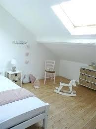 chambre fille sous comble chambre enfant comble couleur chambre sous pente chambre enfant sous