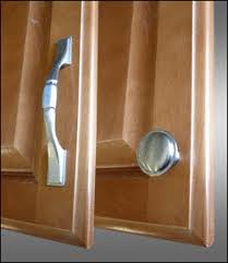 Kitchen Cabinet Door Knob Placement Kitchen Cabinet Door Knob Door Locks And Knobs