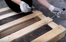 Pallet Coffee Tables How To Make Coffee Table Out Of Pallet Diy Projects Craft Ideas