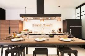 eclairage pour ilot de cuisine hotte de cuisine îlot avec éclairage intégré la cornue w la