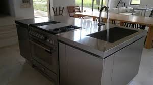 ilot central cuisine avec evier exceptional cuisine avec ilot central plaque de cuisson 1 ilot