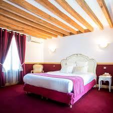 hotel avec en chambre le clos des vignes suite avec restaurant romantique