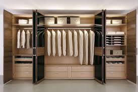 armoire de chambre à coucher mur d armoire chambre à coucher recherche mur d armoire