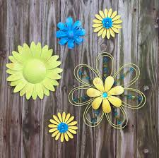 Wall Flower Decor by 5 Lime Blue Yellow Metal Fence U0026 Wall Flowers Metal Yard Art