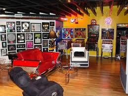 Best Game Rooms  Pool Tables Images On Pinterest Basement - Family game room decorating ideas