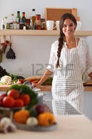 femme nue au bureau femme assise près de bureau dans la cuisine banque d images