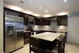luminaire pour ilot de cuisine 4 astuces pour choisir l éclairage de votre cuisine ebsu