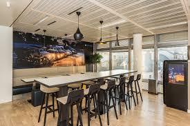 deco bureau pro espace restauration dans entreprise by cléram style design