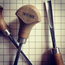 Wood Carving Tools For Sale Uk by Ten Essential Materials And Tools For Linocut Linocutboy