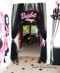 Interior Design Simple Barbie Theme by Best 25 Vintage Barbie Party Ideas On Pinterest Barbie Birthday