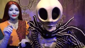 jack skellington and sally greeting at mickey u0027s not so scary