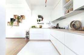 cuisine bois et blanc laqué plan de travail cuisine bois bois massif erable acajou cuisine