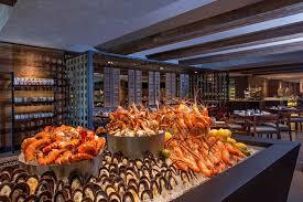 cuisine kitch ต อนร บว นสดใส ก บเมน นานาชาต ส ดอล งการท goji kitchen bar