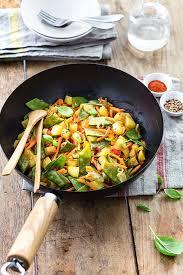 cuisiner au wok wok végétarien recette interfel les fruits et légumes frais