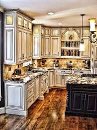 Crown Moulding For Kitchen Cabinets Kitchen Craft Crown Moulding Installation Kitchen Crown Molding