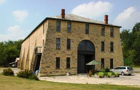 The Stone Barn You U0027ll Never Run Out Of Things To Do In Stone City Iowa