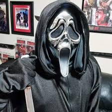 scream costume with 25th anniversary chrome mask horror amino