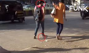 Story Of Indian National Flag Money And Indian National Flag Is On The Road In This Video What