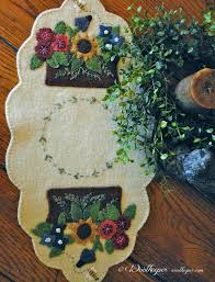 Wool Felt Rugs 536 Best Wool Felt Penny Rugs U0026 Candle Mats Images On Pinterest