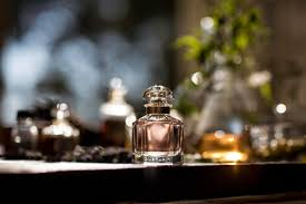 si e social guerlain mon guerlain the s fragrance from guerlain lvmh