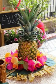 Hawaiian Table Decorations