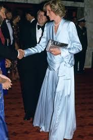 princess diana u0027s 40 best dresses royal family fashion