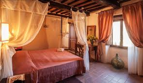 accommodation romantic bedroom with breakfast monte castello di