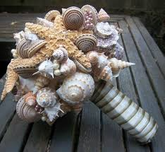 Seashell Bouquet Beach Wedding Bouquet Tips And Ideas Destination Wedding Details