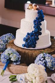 simple wedding cake design blue weddings cakes fun and easy