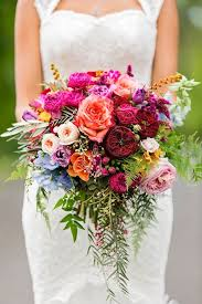 bridal bouquets 25 swoon worthy summer wedding bouquets tulle