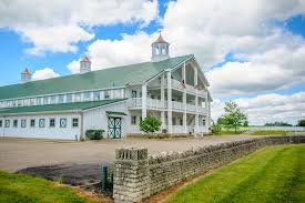 Our Editors U0027 20 Favorite Farm And Barn Venues Weddingwire