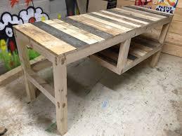 faire un bureau en bois bureau en palette de bois avec bureau bois decoration s desks and