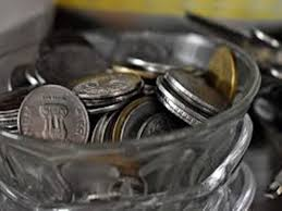 rupee breaks 3 day rally 3 paise at 63 87 a dollar