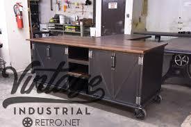 ilot de cuisine antique vintage industrial kitchen island antique cart utility table