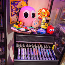 retro tv bank donkey kong pac man arcade machines and 20 tv screens in retro
