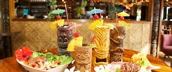 Buffet Restaurants In Honolulu by La Mariana Sailing Club Oahu U0027s Private Marina And Original Tiki Bar