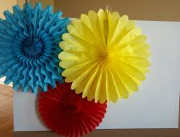 tissue paper fans tutorial on this tissue fan back drop as well as