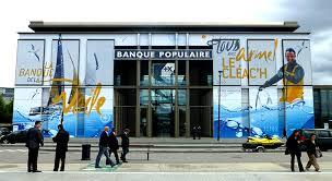 siege sociale banque populaire mai 2013 banque populaire aquitaine covering de la facade du